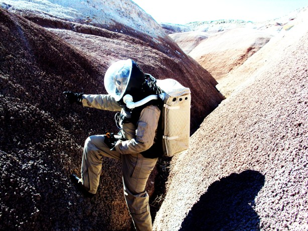 MDRS (EVA in gully)